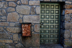 La puerta verde Fotos de archivo libres de regalías