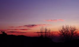 La puesta del sol colorea el paisaje la India de n Imagenes de archivo