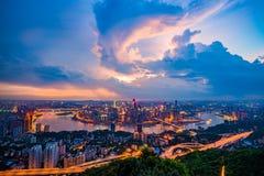 La puesta del sol de Chongqing fotografía de archivo libre de regalías