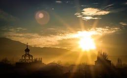 La puesta del sol de la iglesia Fotografía de archivo libre de regalías