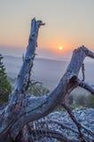 La puesta del sol de la montaña Imagen de archivo