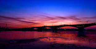 La puesta del sol de la novia seongsan en la noche en Seul Imagen de archivo libre de regalías