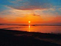 La puesta del sol de la playa, Imperia, Italia, Europa Fotografía de archivo