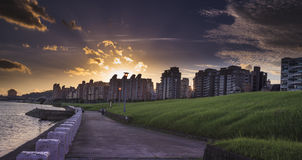 La puesta del sol del parque de Dazhi Imagenes de archivo