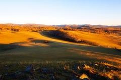La puesta del sol del prado Imagen de archivo