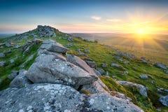 La puesta del sol en Bodmin amarra foto de archivo
