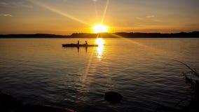 La puesta del sol en el lago Starnberger considera Fotos de archivo libres de regalías