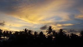 la puesta del sol es como un cielo fotografía de archivo