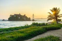 La puesta del sol hermosa sobre Sri Lanka Imagenes de archivo