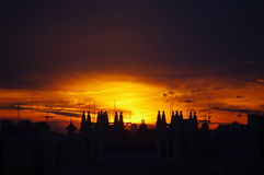 La puesta del sol naranja-amarilla Fotografía de archivo