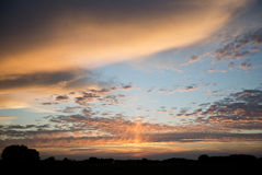 La puesta del sol se nubla Schalkwijk Foto de archivo
