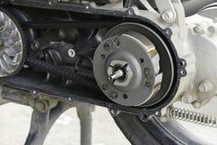 La puleggia e la cinghia del motociclo Fotografia Stock