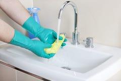 La pulizia degli stracci è risciacquata Fotografia Stock Libera da Diritti
