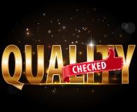 La qualità ha controllato il testo dorato di tipografia con i pollici sul segno royalty illustrazione gratis