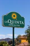 La Quinta Inn und Reihen-Motel stockbilder