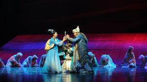 La réalisation de la lune de ballet de promesse-Hui au-dessus de Helan Image libre de droits