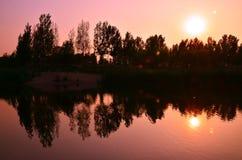 La réflexion du lac Images stock