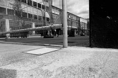 La région publique tombée de débris gardent le coffre-fort photographie stock libre de droits
