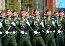 La répétition générale du défilé en l'honneur de Victory Day sur la place rouge sur 7 peut 2017 Académie du Militaire-espace de c Photos stock