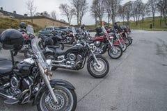 La réunion de motocyclette à fredriksten la forteresse, vélos alignés Photographie stock libre de droits