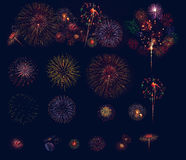 La raccolta dei fuochi d'artificio visualizza la celebrazione, fuochi d'artificio variopinti Immagine Stock