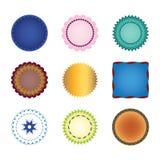La raccolta delle forme di vettore identifica gli autoadesivi o i bolli con i confini del pizzo, i bordi smerlati, guarnizione br Fotografia Stock