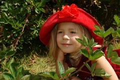 La ragazza in cappello rosso Fotografia Stock Libera da Diritti
