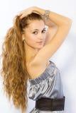La ragazza con capelli lunghi Fotografia Stock Libera da Diritti