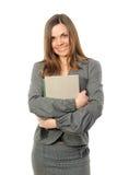 La ragazza con capelli lunghi ed il libro Immagini Stock