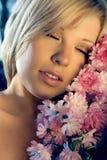 La ragazza con i colori fotografia stock libera da diritti
