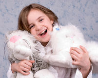 La ragazza con i giocattoli Immagini Stock Libere da Diritti