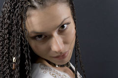 La ragazza con le trecce Fotografia Stock Libera da Diritti