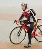 La ragazza del bicyclist Fotografia Stock