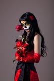 La ragazza del cranio dello zucchero con colore rosso è aumentato Fotografia Stock Libera da Diritti