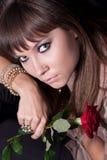 La ragazza del fronte con è aumentato Fotografie Stock