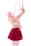 La ragazza della donna ha stilizzato come il burattino della marionetta su corda Immagine Stock