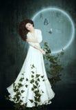 La ragazza e la luna Fotografia Stock Libera da Diritti