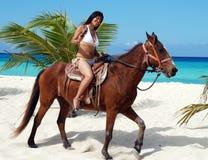 La ragazza ed il cavallo Fotografia Stock Libera da Diritti