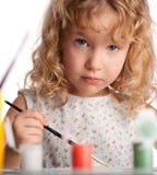 La ragazza, estrae la vernice Fotografia Stock Libera da Diritti
