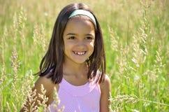 La ragazza gode dell'aria aperta Fotografia Stock Libera da Diritti