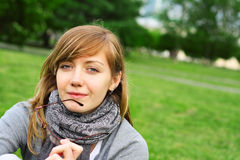 La ragazza in premuroso una circostanza Fotografie Stock Libere da Diritti