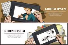 La ragazza rimprovera lo smartphone La gente nel retro stile Fotografie Stock Libere da Diritti