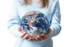 La ragazza salvo l'ambiente della terra ricicla Fotografia Stock Libera da Diritti