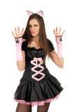 La ragazza sta portando un costume sexy del gatto fotografie stock libere da diritti