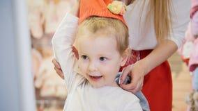 Bambino davanti allo specchio stock images 126 photos - Ragazza davanti allo specchio ...