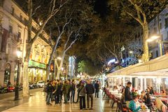 La Rambla, Barcelona Spanien in der Nacht Lizenzfreies Stockbild