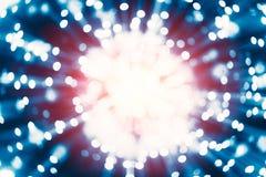 La reazione di Atom Nuclear esplode da energia del raggio gamma del rilascio di diffusione del nucleo fotografia stock