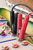 La recharge de la batterie pour la voiture électrique Image libre de droits