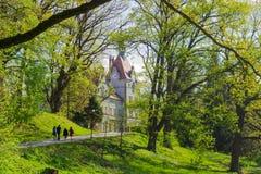 La recherche de logement de parc et comptent le jour de Schönborn au printemps Image stock