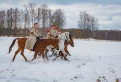 la reconstruction Militaire-historique des combats des périodes du premier monde sur le Borodino mettent en place le 13 mars 2016 Photographie stock